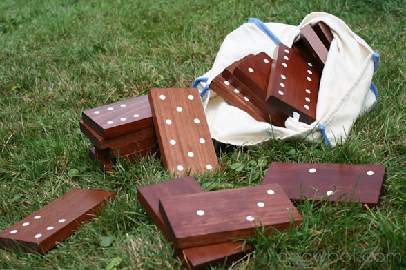 Make your own lawn domino set out of a 1x4!