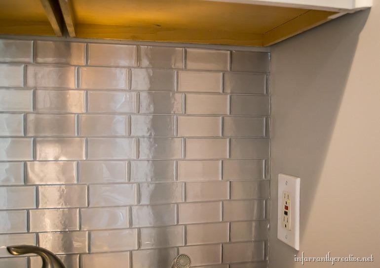 laundry-room-backsplash-stainless-steel