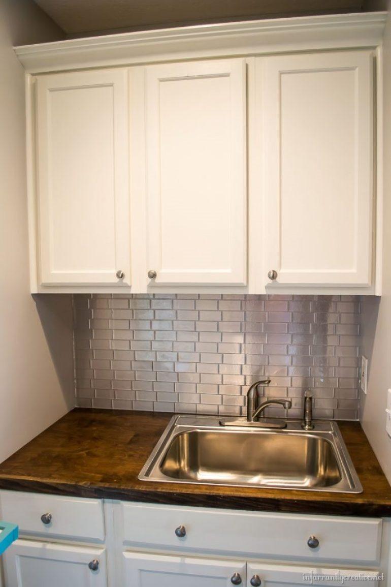 laundry-room-stainless-backsplash