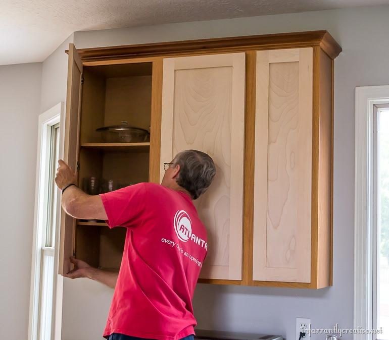 hanging-new-cabinet-doors