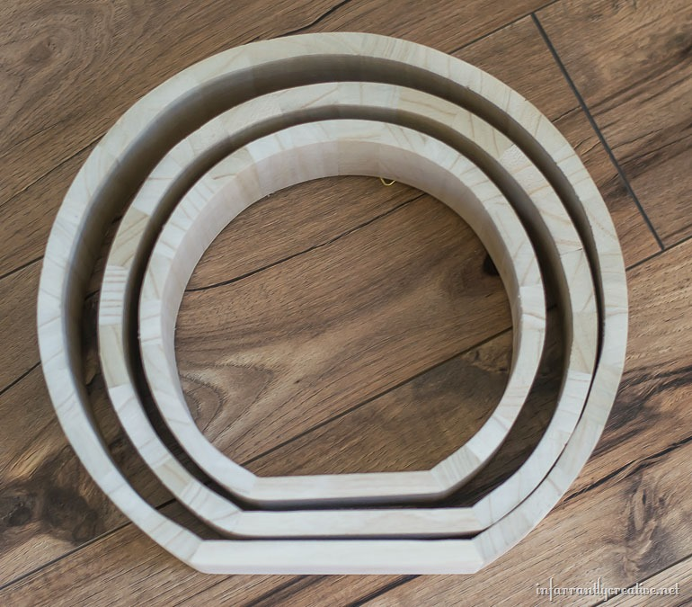 trio-of-wood-circles