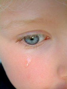 225_crying-girl.jpg