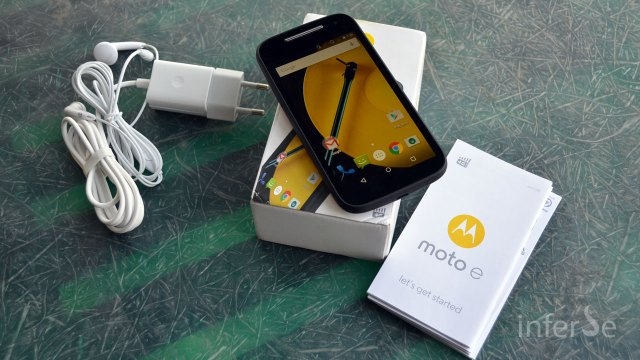 Moto E - Unboxing