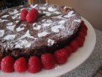 Flourless Chocolate Cake | www.infinebalance.com #recipe #gluten-free
