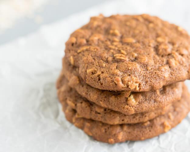 Oatmeal Molasses Cookies