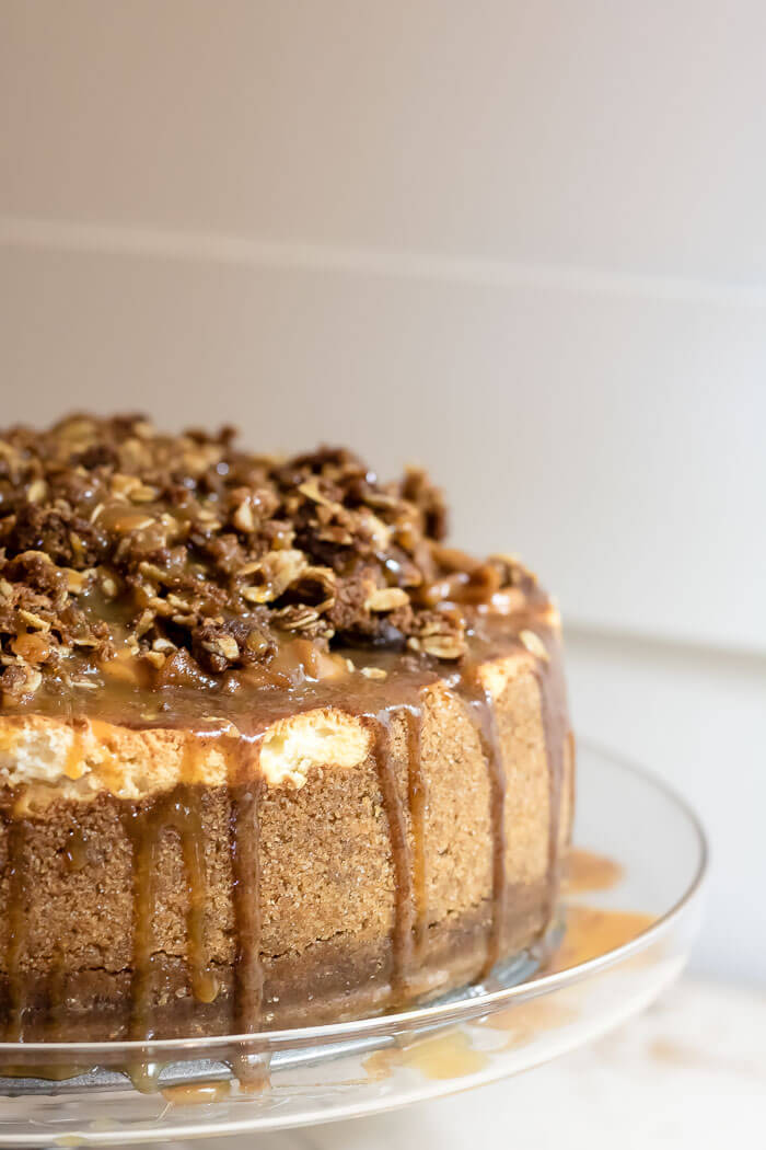 Caramel Apple Pie Cheesecake | www.infinebalance.com #recipe