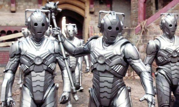 Even Cyberiad Cybermen carry mace just in case.