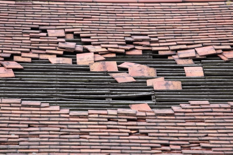 Signs of Bad Roofing