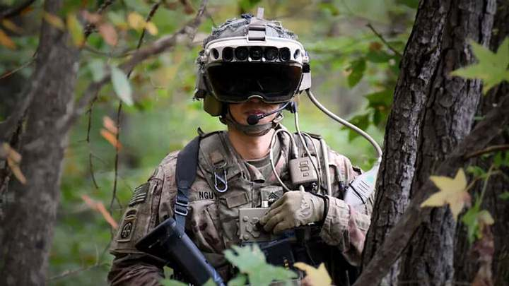 The US military is pouring money into neuroscience research, in an attempt to try to decipher the meaning behind different brain signals.