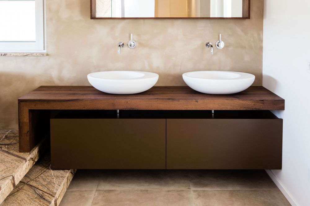 Mobile bagno sospeso in legno di rovere invecchiato con