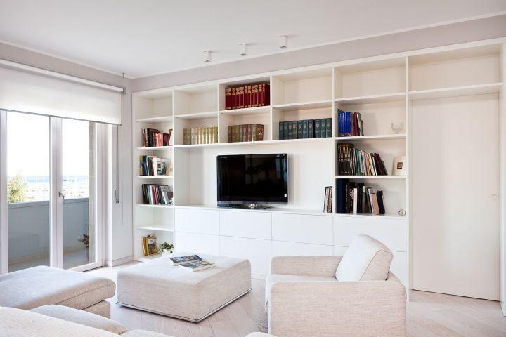 Mobili in legno e arredi su misura per zona living soggiorno salotto