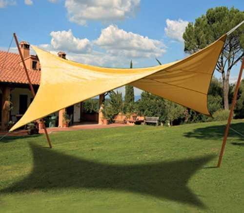Tipologie di tende da sole a Pavia: tenda a vela