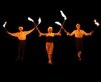 Magische Flammen  Inflammati  Atemberaubende Artistik