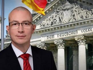 """Der AfD Abgeordnete Hansjörg Müller bringt das Thema """"Friedensvertrag für Deutschland"""" zur Sprache."""