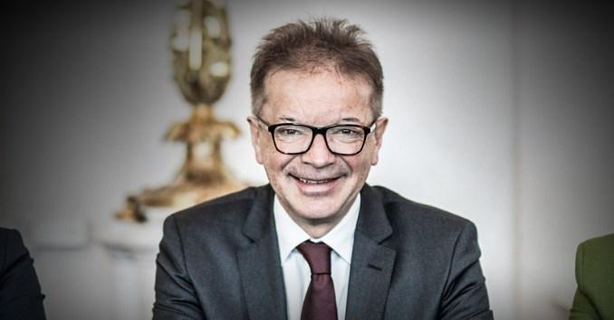 Minister Anschober (Grüne): Das Recht hat der Politik zu folgen!