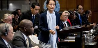 "Rohingyas : Aung San Suu Kyi nie toute ""intention génocidaire"" devant la Cour internationale de justice"