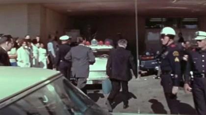Joe Goldstrich se dedicó a la cardiología, pero hace 57 años estaba en la guardia de neurocirugía del hospital al que llegó Kennedy malherido y le tocó asistir en la emergencia. (Captura de Youtube)