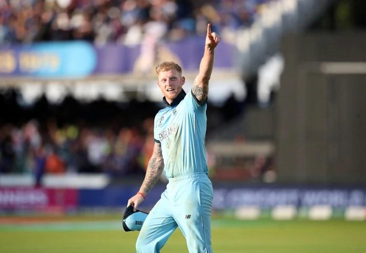 Ben Stokes, de Inglaterra celebra haber ganado la Copa Mundial de cricket (Reuters/Peter Cziborra/File Photo)