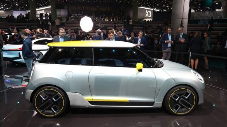 El Mini Electric Concept incluye elementos aerodinámicos como la fibra de carbono
