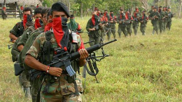 Tras el acuerdo de paz y la dejación de armas de las FARC, el gobierno colombiano sigue lidiando con el ELN, que mantiene contactos con el gobierno de Venezuela
