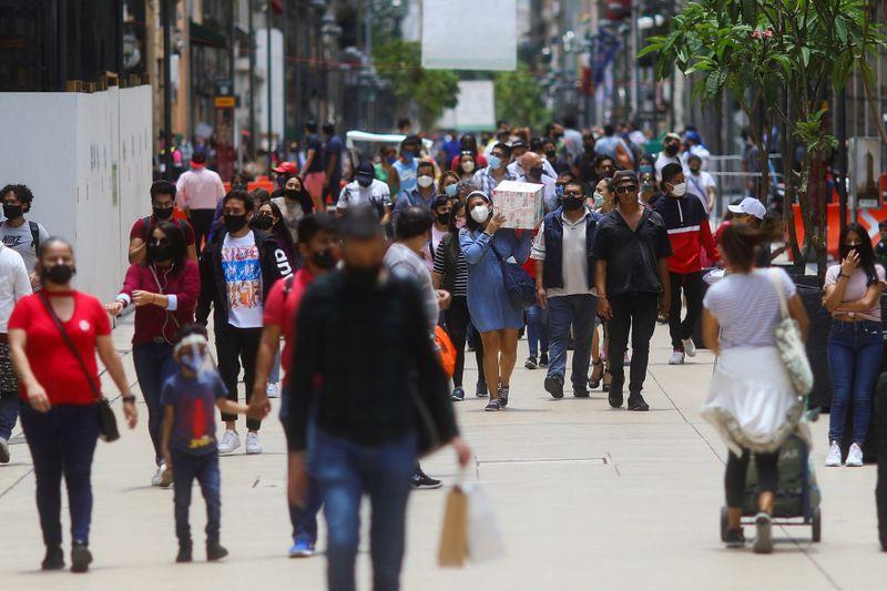 La sombra de la pandemia de COVID-19 también se extiende sobre los temas que tratará el Congreso en los próximos meses (Foto: Edgard Garrido/ Reuters)