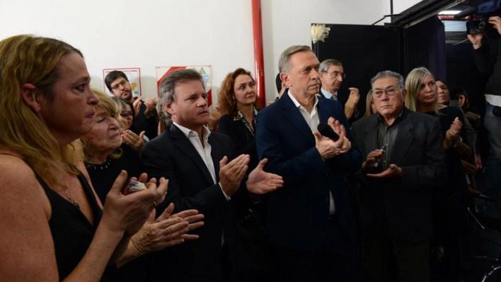 Quique Sacco y Marcelo Bonelli, durante el acto