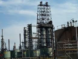 La salida de servicio de una refinería es un proceso costoso y altamente complejo