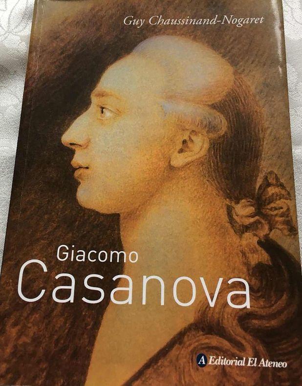 La biografía de Casanova, hurtada en la librería El Ateneo