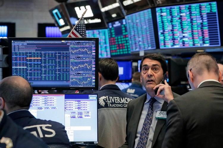 Wall Street se define al alza pese a los datos negativos del mercado de trabajo. (Reuters)