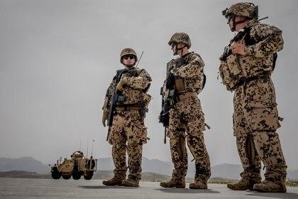 Soldados alemanes en Afganistán.      Michael Kappeler/Pool via Reuters/File Photo