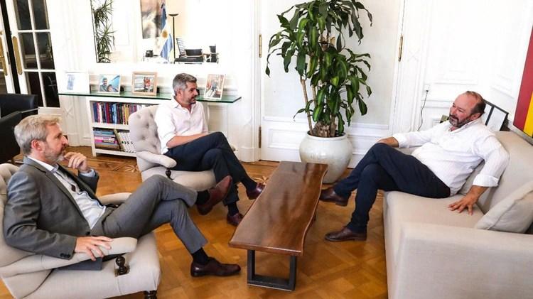 Marcos Peña y Rogelio Frigerio, dos de los más activos en la negociación con la UCR (@marquitospena)