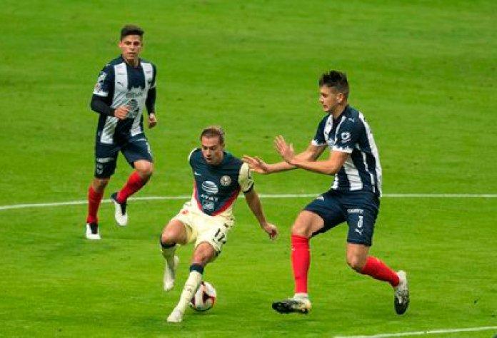 Dentro de la Liga MX se ha desatado un escándalo por un brote de COVID-19 (Foto: Miguel Sierra/ EFE)