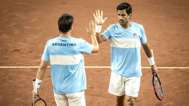 Máximo González y Horacio Zeballos tendrán un duelo clave ante la pareja número 1 en dobles (NA: SERGIO LLAMERA)