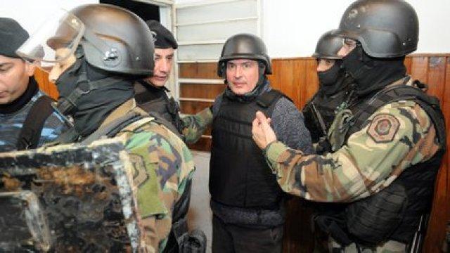 José López, tras ser detenido