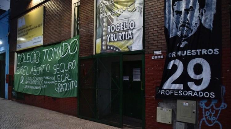 Así amaneció el Rogelio Yrurtia este lunes (Foto: Adrián Escándar)