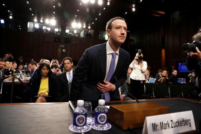 Zuckerberg testifica ante el Senado de Estados Unidos tras el escándalo de Cambridge Analytica (Reuters)