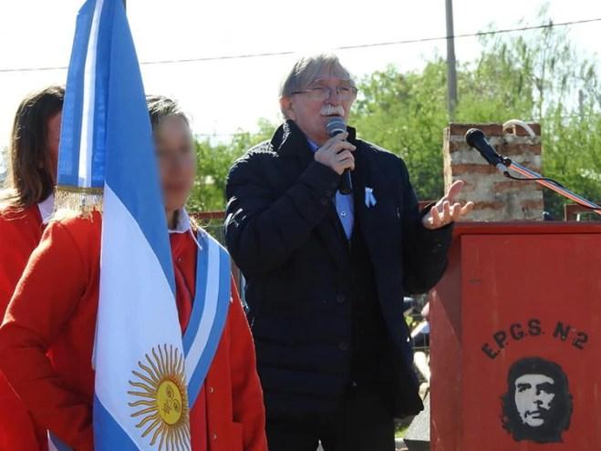 Juan Martín Guevara, hermano del Che, en la EPGS N°2