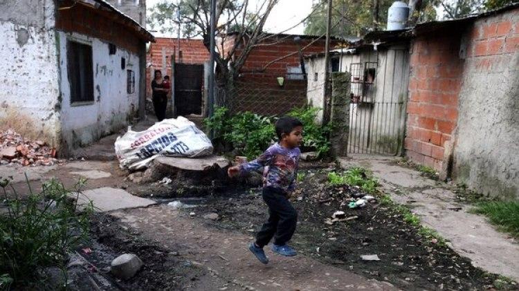 Una villa ubicada en el partido de Quilmes (Reuters)