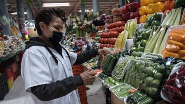 Jitomate, chile, chayote, entre otros productos subieron en la primera quincena de mayo. (Foto: Cuartoscuro)
