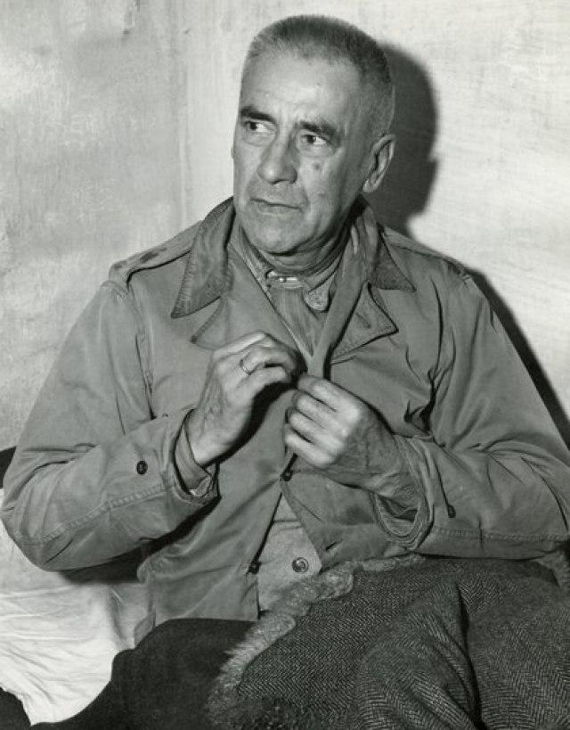 Wilhelm Frick en su celda en noviembre de 1945
