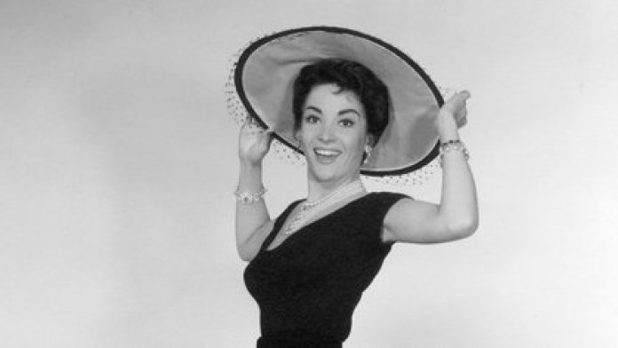 "Linda Cristal  en ""The Perfect Furlough"" (1958 )"