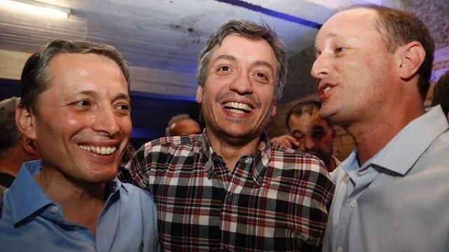 Máximo Kirhchner junto a Fernando Gray y Martín Insaurralde