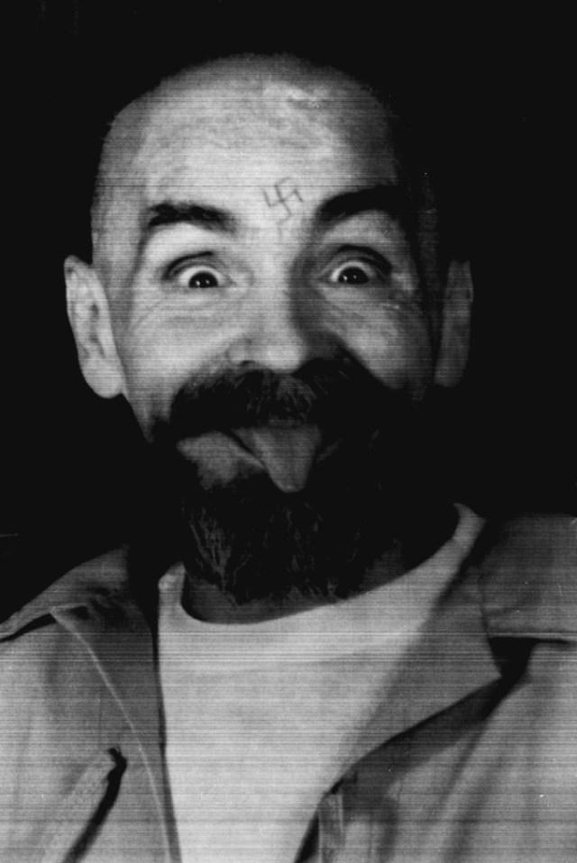 Charles Manson durante una entrevista con la agencia Reuters el 25 de agosto de 1989 (Reuters)