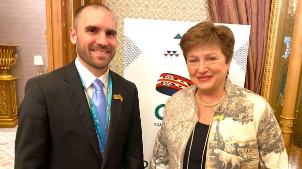 Martín Guzmán y Kristalina Georgieva, directora gerente del FMI, antes de la cena que compartieron en Roma