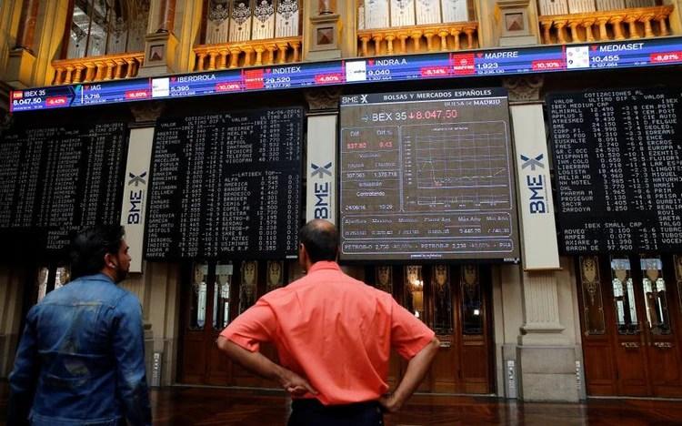El miércoles los mercados europeos se habían estabilizado parcialmente (REUTERS/Andrea Comas)