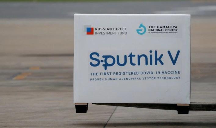 Uno de los cargamentos de Sputnik V que llegaron a Ezeiza (REUTERS)