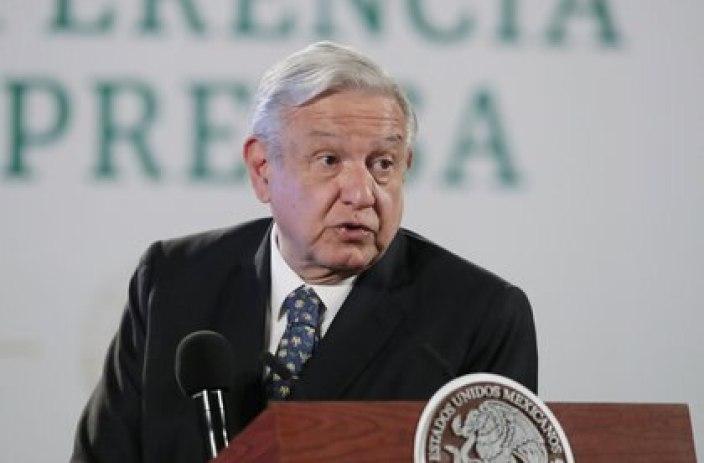 """El presidente López Obrador ha hecho caso omiso de no intervenir en las campañas electorales durante """"las mañaneras"""" (Foto: Reuters)"""
