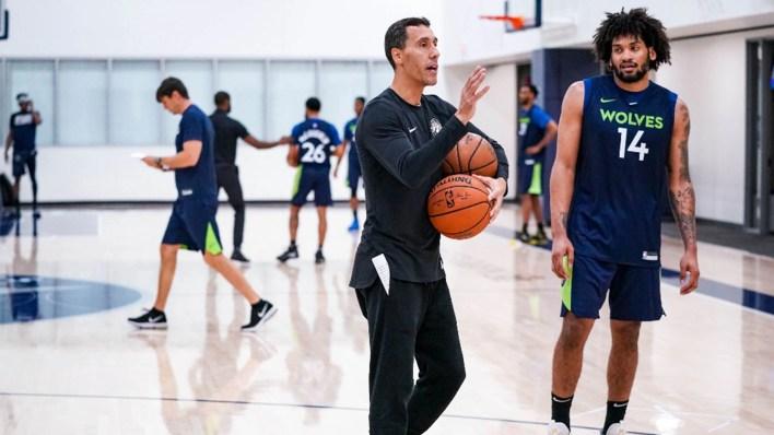 Actualmente, Prigioni se destaca como entrenador asistente en los Minnesota Timberwolves (Cody Sharrett / Timberwolves)