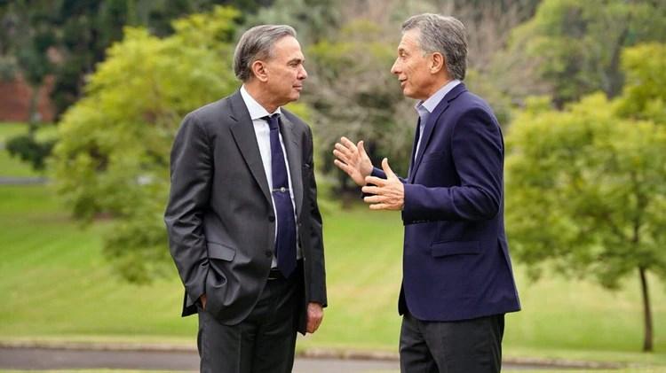 Macri y Pichetto, la primera foto de la fórmula presidencial (@mauriciomacri)