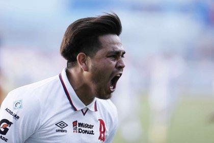 En la imagen, el delantero de Alianza F.C. Rodolfo Zelaya. EFE/Miguel Lemus/Archivo